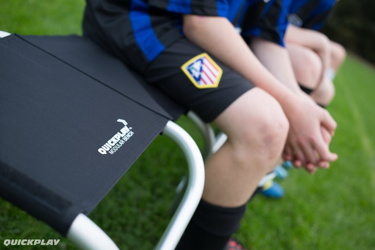 QUICKPLAY Portable Lightweight Sports Team Bench5